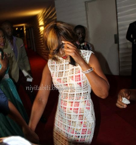 AMVCA 2014:Is Genevieve Not Proud of Her Dress?
