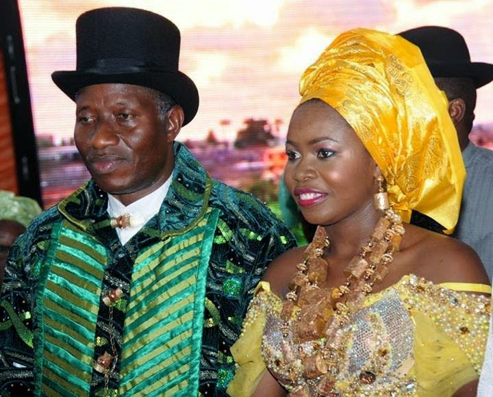 Photos:Jonathan Gives Daughter's Hand in Marriage