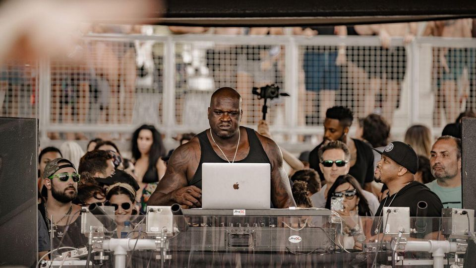 Photo News: Check Out Shaquille O'neal the famous Basketballer turned DJ