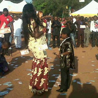 LATEST NEWS:TRADITIONAL WEDDING OF CHINEDU OKEDIEZE OF AKI AND PAW PAW TODAY