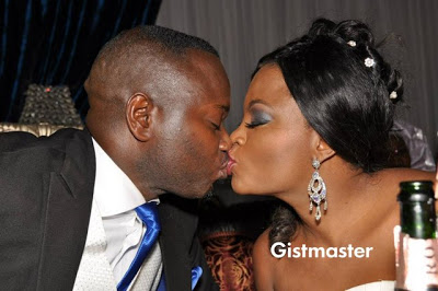 WEDDING:FUNKE AKINDELE'S FIRST OFFICIAL KISS WITH HUSBAND
