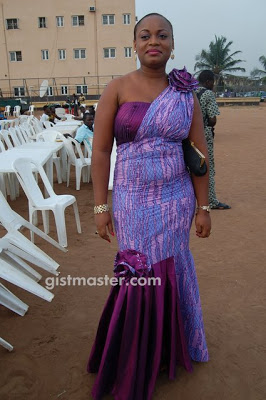 PHOTOS:NIGERIAN WOMEN IN LACE AND ANKARA DESIGNS