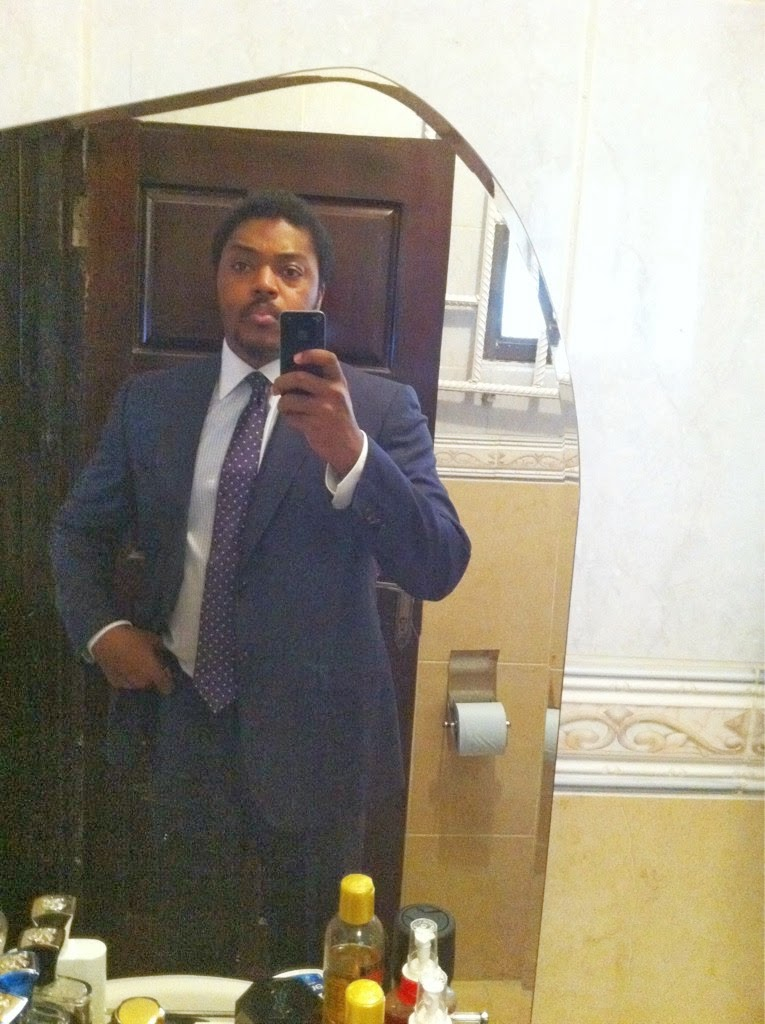 Paddy Adenuga's Selfie inside Rest room,don't let hear toilet