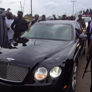 Photos of New Ooni, Adeyeye  Ogunwusi Royal Entry Into Ile Ife